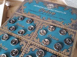 Drukknoopkaart doosje Orlov 1a